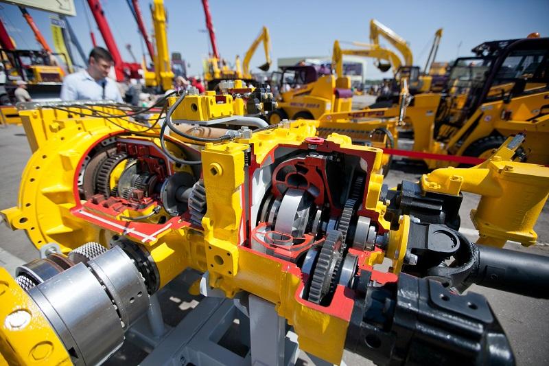 макет гидромеханической трансмиссии техники ЧЕТРА на выставке СТТ 2014